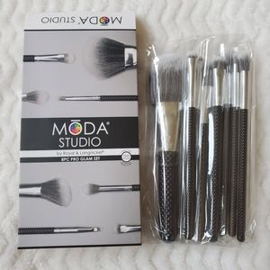 Moda 8pc Makeup Brush Kit